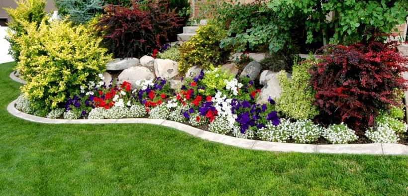 80 Front Yard Landscaping Ideas to Boost Your Home's Curb Appeal
